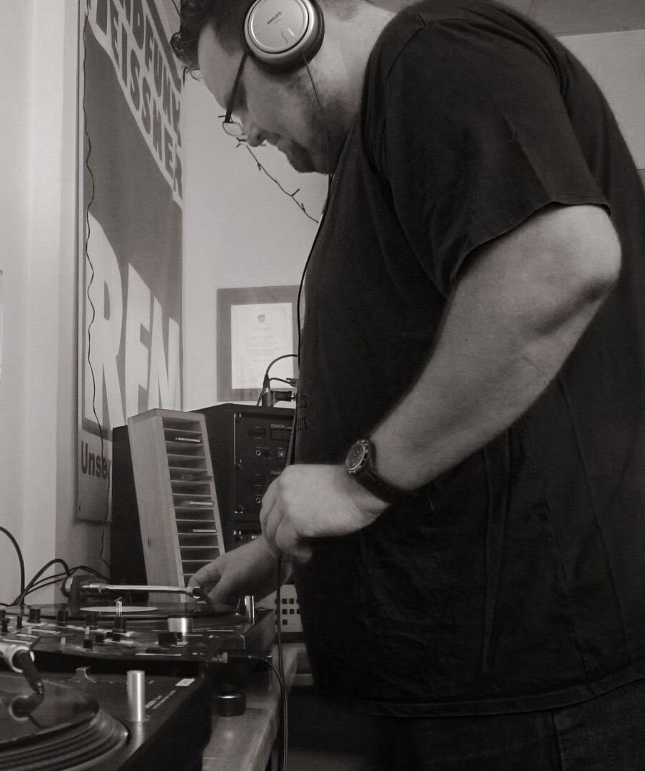 'Electronic Sounds - SPECIAL' mit DJ Blade IN DA MIX ALL NIGHT LONG